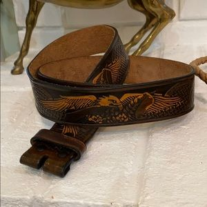 Wrangler tooled leather belt .